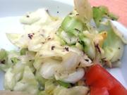 有機春キャベツの手もみサラダ
