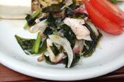 北海タコと有機新玉葱とわかめの土佐酢和え