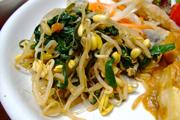 豆もやしと有機ニラのピリ辛ナムル