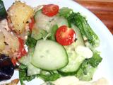 スライス有機胡瓜のヨーグルトサラダ