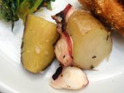 タコと有機ジャガ芋のガーリックバジル焼き