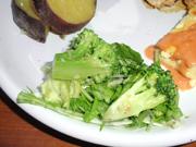 有機レタスと有機ブロッコリーの牛蒡ドレッシングサラダ