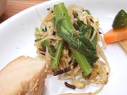 豆もやしと有機春菊とひじきの胡麻和え