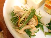 ゆうゆう鶏と有機水菜の中華ソース和え