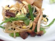 豆もやしの有機ほうれん草の胡麻ナムル