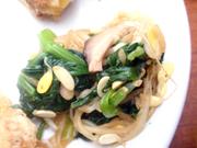 豆もやしと有機ほうれん草のピリ辛ナムル