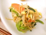 有機青菜と有機ニラと豆もやしのナムル