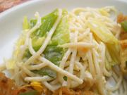 茹で卵と有機キャベツの辛子マヨネーズ和え