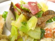 有機青菜と有機赤カブのアーリオオーリオ