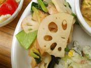有機蓮根と有機青菜の辛子醤油和え