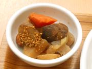 有機根菜とこんにゃくの炒り煮