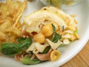 ひよこ豆と有機チンゲン菜のローストとベジタブルパスタのレモンマリネ