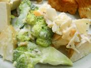 有機ジャガ芋と有機ブロッコリーの香草マヨネーズ和え
