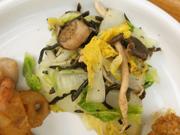 有機白菜とひじきときのこのナムル