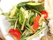 有機水菜と有機キュウリのポン酢添え