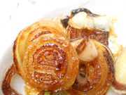 有機玉ネギのステーキ ジンジャーソース