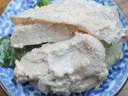 蒸し鶏のガーリックマヨネーズ