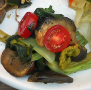 焼き茄子と青菜の香味和え
